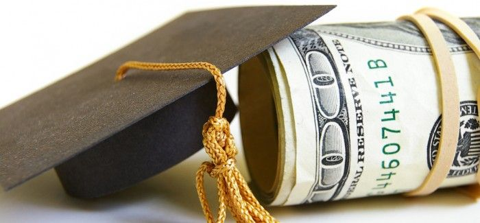 Scholarships for Students Looking to Study Abroad
